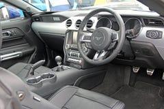 Interior de lujo del coche del mustango foto de archivo