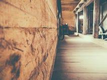 Interior de madeira perfeito para fundos imagem de stock
