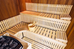 Interior de madera de la sauna Imágenes de archivo libres de regalías