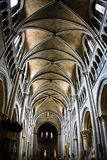 Interior de Notre Dame de la catedral en Lausanne Foto de archivo libre de regalías