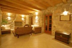 Interior de piedra de lujo del chalet Imagen de archivo libre de regalías