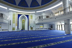 Interior de Puncak Alam Mosque en Selangor, Malasia Imagenes de archivo