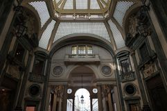 Interior de San Federico Gallery - Turin - Itália Fotografia de Stock