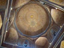 Interior de seda del samarkanda del alminar de la tumba del mausoleo del amira del timura del rastro foto de archivo libre de regalías