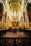 Interior de St. Vitus Cathedral en Praga Imagenes de archivo