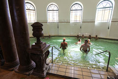 Interior de termas de Szechenyi (banho, Therms) em Budapest Imagem de Stock Royalty Free