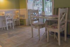 Interior de um café acolhedor Imagem de Stock