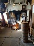 Interior de um crofthouse Imagens de Stock Royalty Free