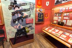 Interior de um dos salões de Samara Military History Muse Foto de Stock