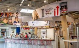 Interior de um espaço exclusivo do anúncio publicitário do chocolate de Nutella Nutella é a marca de um sweetene foto de stock royalty free