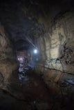 Interior de um tubo de lava em Galápagos Foto de Stock Royalty Free