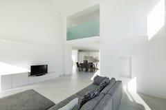 Interior de uma casa moderna Foto de Stock Royalty Free