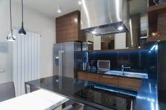 Interior de uma cozinha moderna Foto de Stock Royalty Free