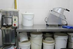 Interior de uma cozinha profissional fotos de stock