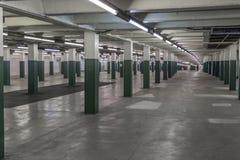 Interior de uma estação de metro fotos de stock