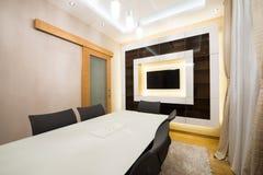 Interior de uma sala de jantar moderna Imagens de Stock Royalty Free