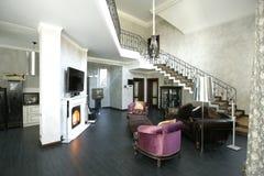 Interior de uma sala de visitas imagem de stock royalty free