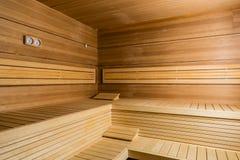 Interior de uma sauna moderna vazia em um hotel ou em uns termas e em um wel Imagens de Stock Royalty Free