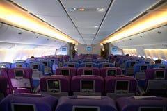 Interior de un aeroplano fotos de archivo libres de regalías
