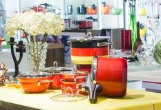 Interior de un almacén de las mercancías de hogar Fotografía de archivo libre de regalías