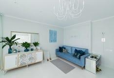 Interior de un apartamento brillante Foto de archivo