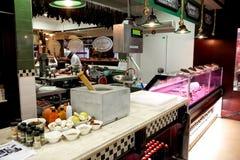 Interior de un carnicero de lujo Deli Store foto de archivo libre de regalías