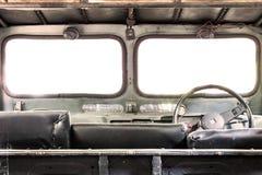 Interior de un coche viejo del vintage clásico Imagen de archivo libre de regalías