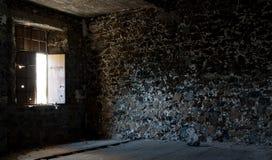 Interior de un cuarto vacío abandonado Fotografía de archivo libre de regalías