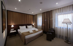 Interior de un dormitorio del hotel Fotografía de archivo libre de regalías