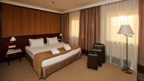 Interior de un dormitorio del hotel Foto de archivo libre de regalías