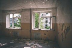 interior de un hospital soviético abandonado viejo - effe de la película del vintage Imagen de archivo