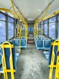 Interior de un omnibus público Imagen de archivo libre de regalías