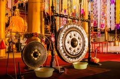 Interior de un templo budista en Yunnan Foto de archivo libre de regalías