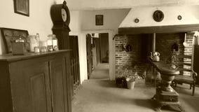 Interior de una granja vieja fotografía de archivo libre de regalías