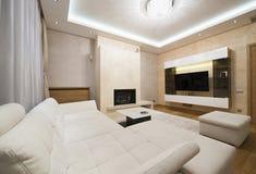 Interior de una sala de estar engañosa con la chimenea Fotografía de archivo