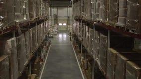 Interior de Warehouse de distribución almacen de metraje de vídeo