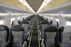 Interior del aeroplano del pasajero fotografía de archivo