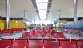 Interior del aeropuerto de Dubai International Fotos de archivo