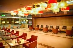 Interior del aeropuerto de Dubai International Fotografía de archivo libre de regalías