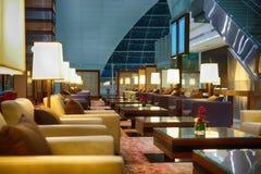 Interior del aeropuerto de Dubai International Imágenes de archivo libres de regalías