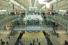 Interior del aeropuerto de Hong-Kong Imágenes de archivo libres de regalías