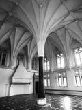 Interior del castillo de Malbork, aka de Marienburg, del pilar central y del techo radial de la cámara acorazada en el refectorio fotografía de archivo libre de regalías