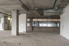 Interior del centro de negocios bajo construcción Foto de archivo