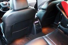 Interior del coche con el asiento trasero Imagen de archivo libre de regalías