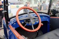 Interior del coche del vintage de Chevrolet - acción Fotos de archivo libres de regalías