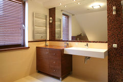 Interior del cuarto de baño lujoso Imagen de archivo libre de regalías