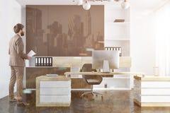 Interior del despacho de dirección de la compañía, hombre de negocios foto de archivo libre de regalías