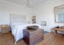Interior del dormitorio Fotografía de archivo libre de regalías