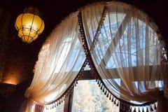 Interior del este del restaurante Fotografía de archivo libre de regalías