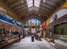 Interior del Municipal municipal de Mercado del mercado en Sao Paulo céntrico - Sao Paulo, el Brasil fotografía de archivo libre de regalías